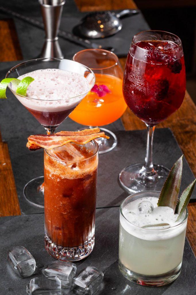 Os drinks do espaço são os mais famosos da região. Foto: Divulgação/7zero6