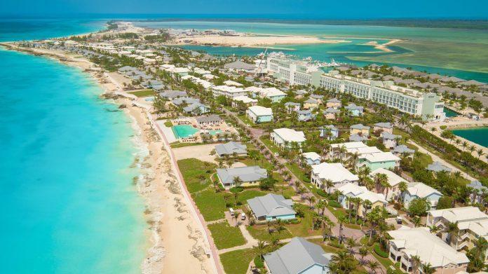 Iniciativa Bahamas Extended Access Travel Stay (BEATS) permite que os visitantes trabalhem e estudem remotamente nas 16 ilhas do país por até um ano. Foto: Divulgação