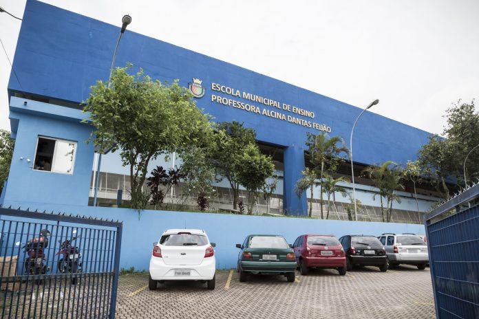 A EME Prof Alcina Dantas Feijão é uma das escolas da rede. Letícia Teixeira/PMSCS