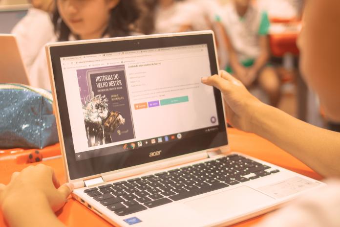 A Árvore, plataforma de leitura digital, disponibiliza mais de 30 mil títulos entre livros, jornais e revistas. Foto: Divulgação
