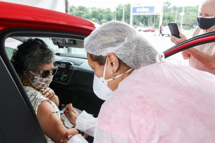 Vacinação no Paço Municipal de São Bernardo. Foto: Ricardo Cassin/PMSBC