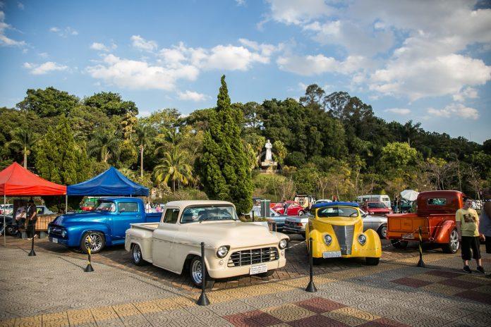 Registros dos tradicionais Encontros de Carros Antigos de São Caetano do Sul (2018 e 2019). Foto: Letícia Teixeira/PMSCS