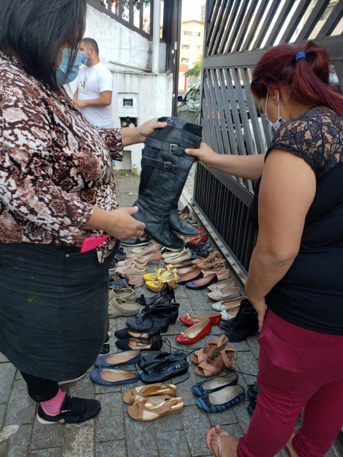 ONG Human Hand vai entregar mais de 400 peças de roupas, 60 calçados e livros arrecadados pela campanha para moradores de São Bernardo do Campo. Foto: Divulgação