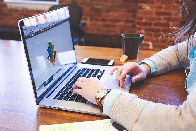 Processo seletivo para o 1º semestre de 2022 já está cadastrando. Foto: Banco de imagens Pixabay